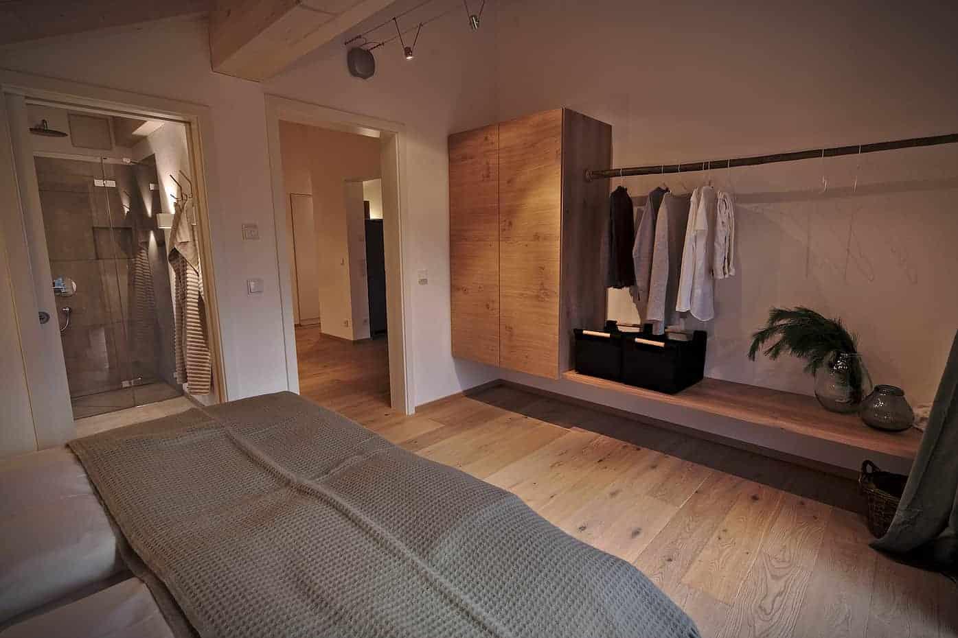 Resi Schlafzimmer2