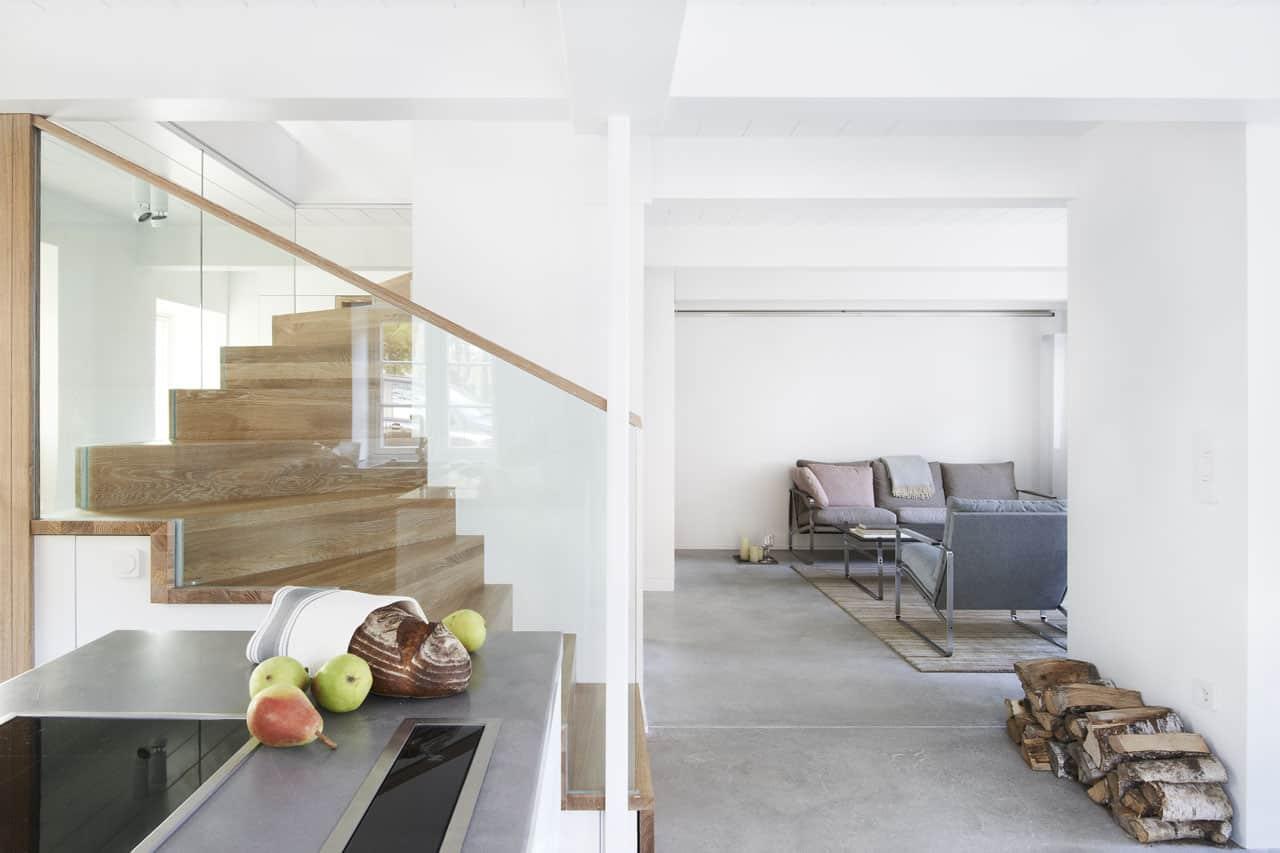 Ferienhaus-Steuermann-Ost-Küchen-und-Wohnbereich