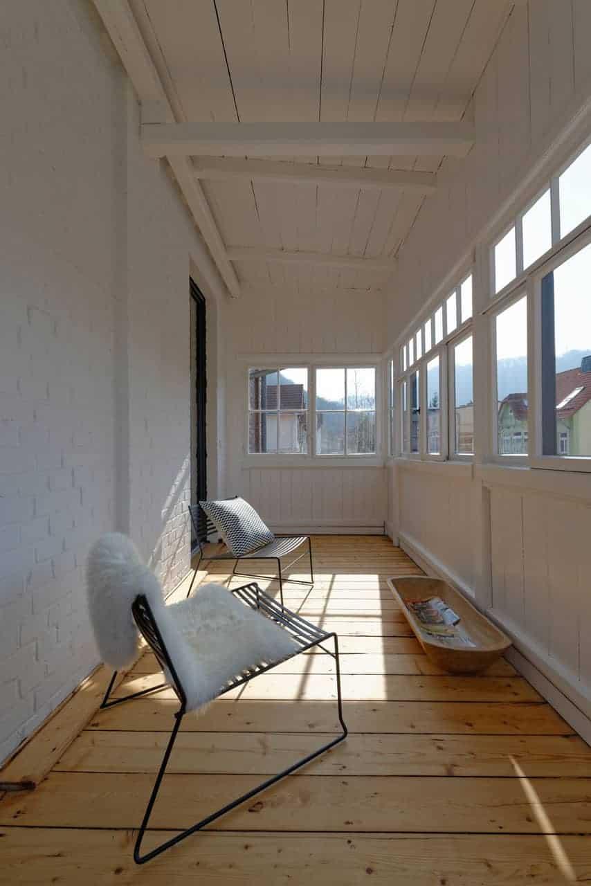 URLAUBSARCHITEKTUR__das_Birki__apartment_mountain_Balcony__CREDIT_Fria_Hagen